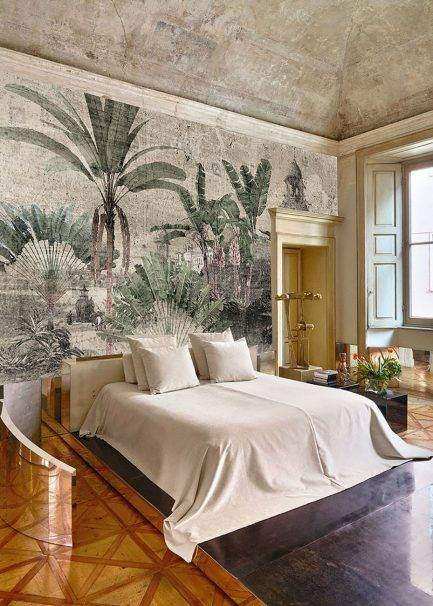 tropical wallpaper, botanical wallpaper, vitange wallpaper, traditional interior, wallcovering